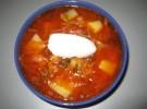 Borschtsch (ukrainische Gemüsesuppe)