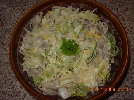 Salat mit Sellerie und Champignon (polnische Art, mit Foto)