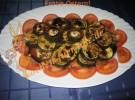 Zucchini zum Ostern in Balsamico auf Tomatenbett